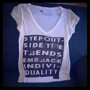 NOLLIE white V-neck shirt